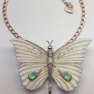 Betsey Johnson New White Butterfly Necklace